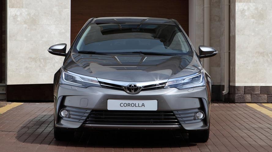 Afetados pelos SUVs, sedãs médios voltarão a crescer em 2018, diz Toyota