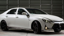 Toyota Mark X G Sports Carbon Roof concept unveiled in Tokyo [video]