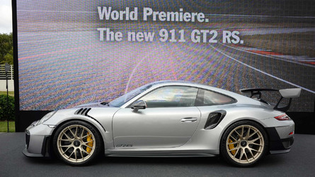 2018 Porsche 911 GT2 RS Revealed At Goodwood (with video)
