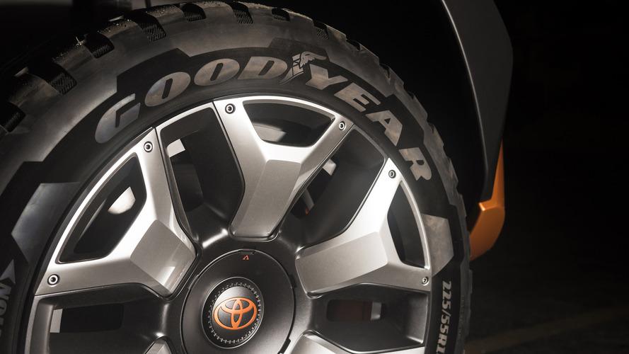 Toyota FT-X4 Teaser