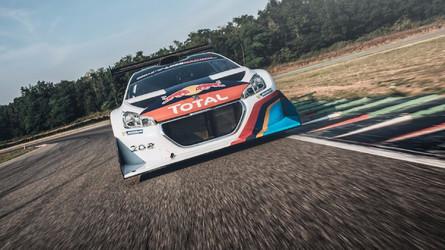 Sébastien Loeb retrouve la Peugeot 208 T16 Pikes Peak