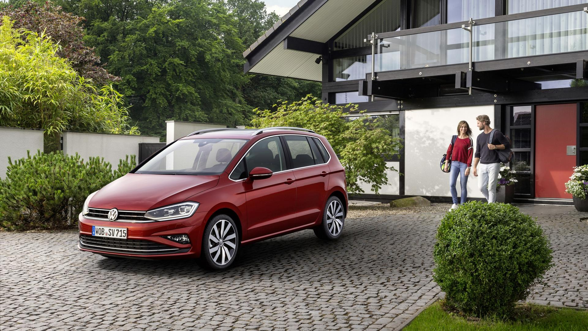 2018 vw golf sportsvan facelift unveiled with more technology. Black Bedroom Furniture Sets. Home Design Ideas