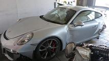 Crashed Porsche 991 GT3
