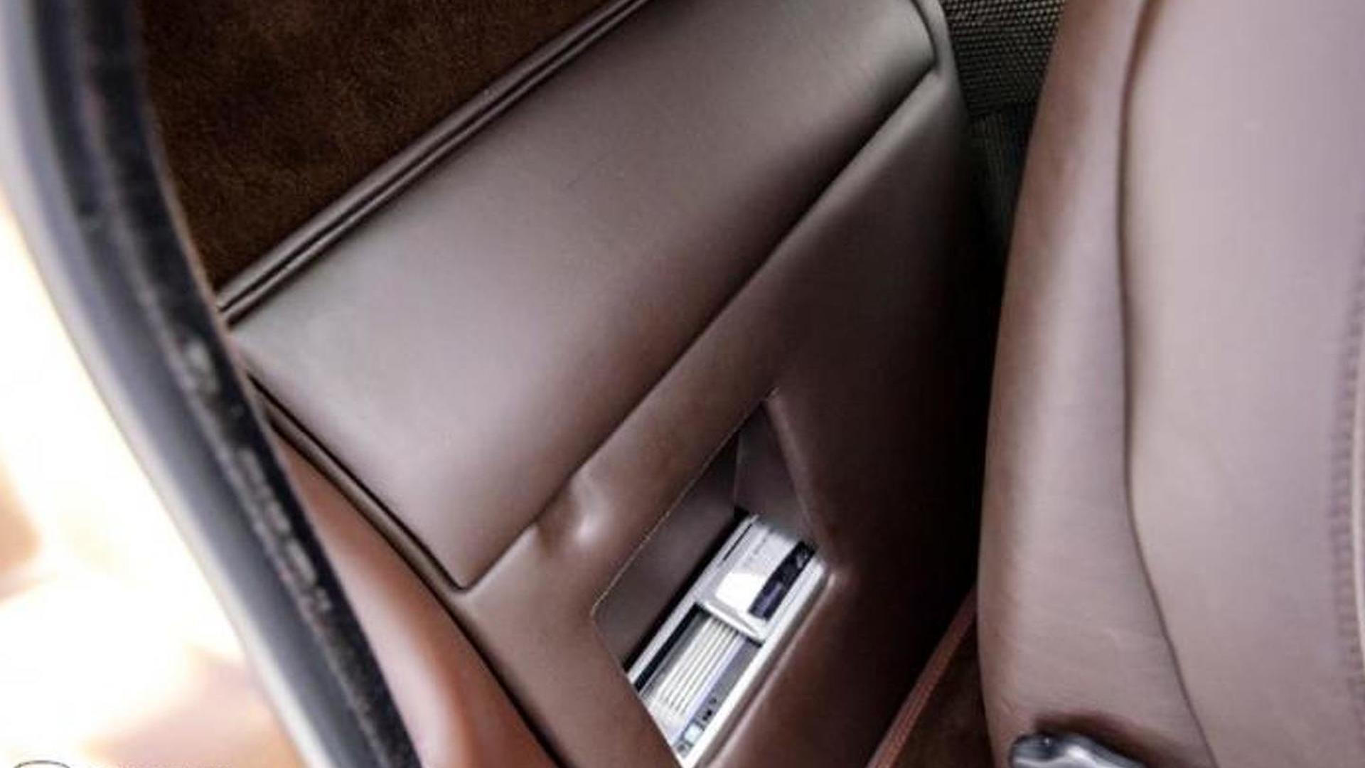 Кожаная отделка салона Lamborghini Diablo 6.0 SE
