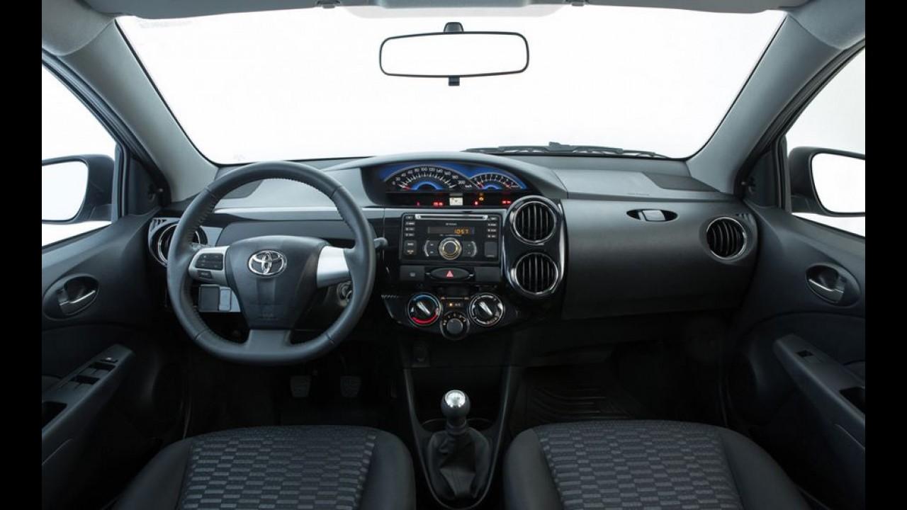 Toyota Etios 2014 melhora acabamento e parte de R$ 29.990