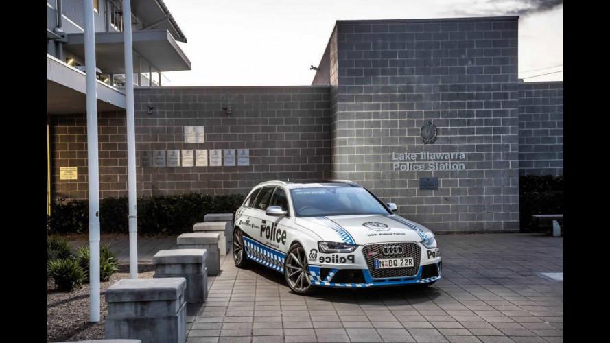 Audi RS 4 Avant, 450 CV in divisa