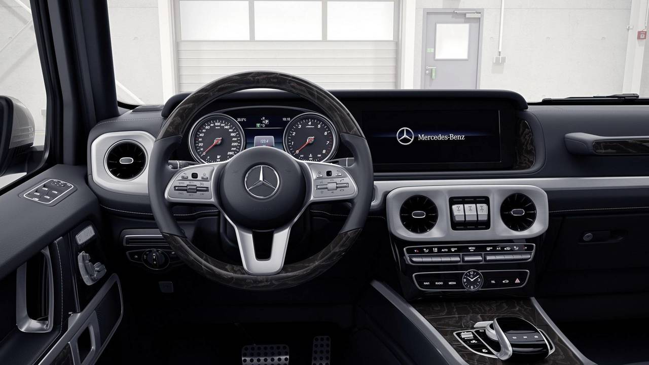 2019 mercedes g class take a deep dive into its overhauled cabin. Black Bedroom Furniture Sets. Home Design Ideas