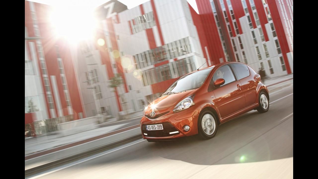 Citroën e Toyota mostram primeiros detalhes dos compactos C1 e Aygo reestilizados