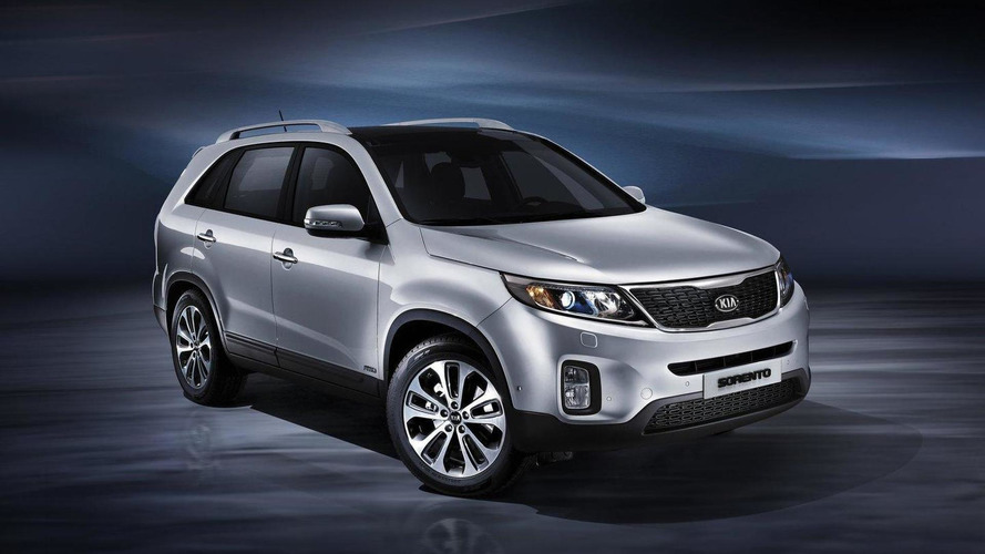 Kia Sorento facelift and tummy tuck revealed