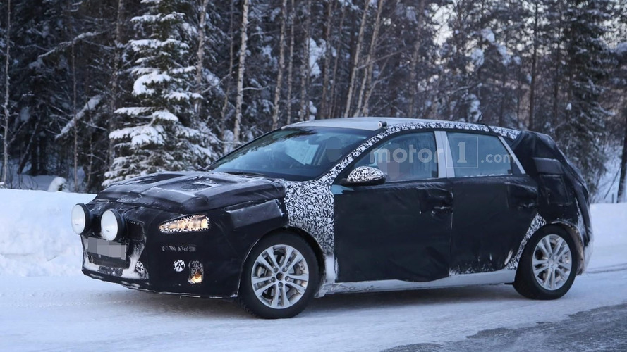 2017 Hyundai i30 spied hiding Genesis-inspired front fascia