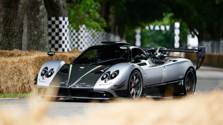 Enjoy 30 Minutes Worth Of Supercars At Goodwood FOS