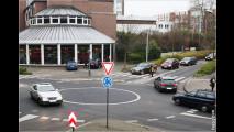 Vorsicht im Kreisverkehr