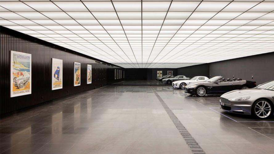 Bat Garage replica built under Australian mansion