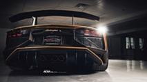 Mat Altın Renkte Kaplanmış Aventador Roadster