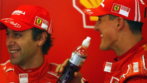 Michael Schumacher and Luca Badoer testing, Barcelona 13.11.2007