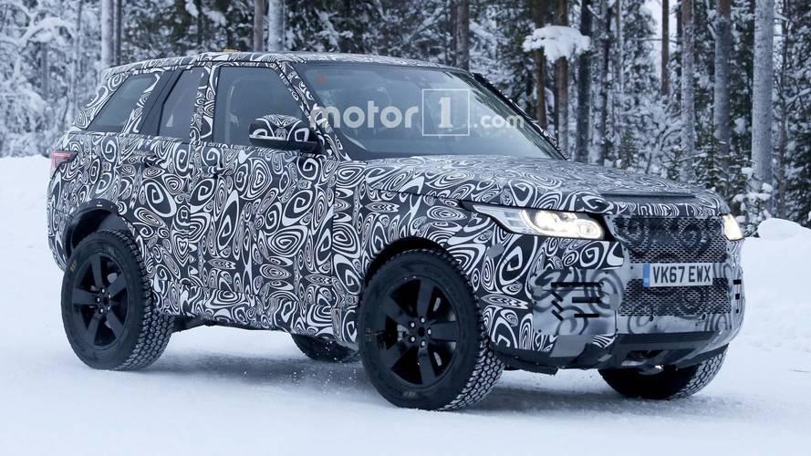 Flagra - Land Rover testa novo Defender com Range Rover encurtado