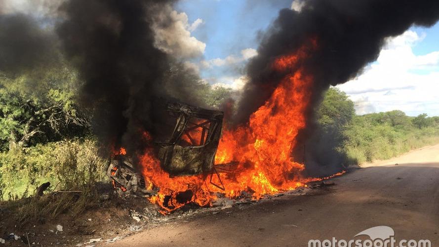Top Renault truck exits Dakar in flames