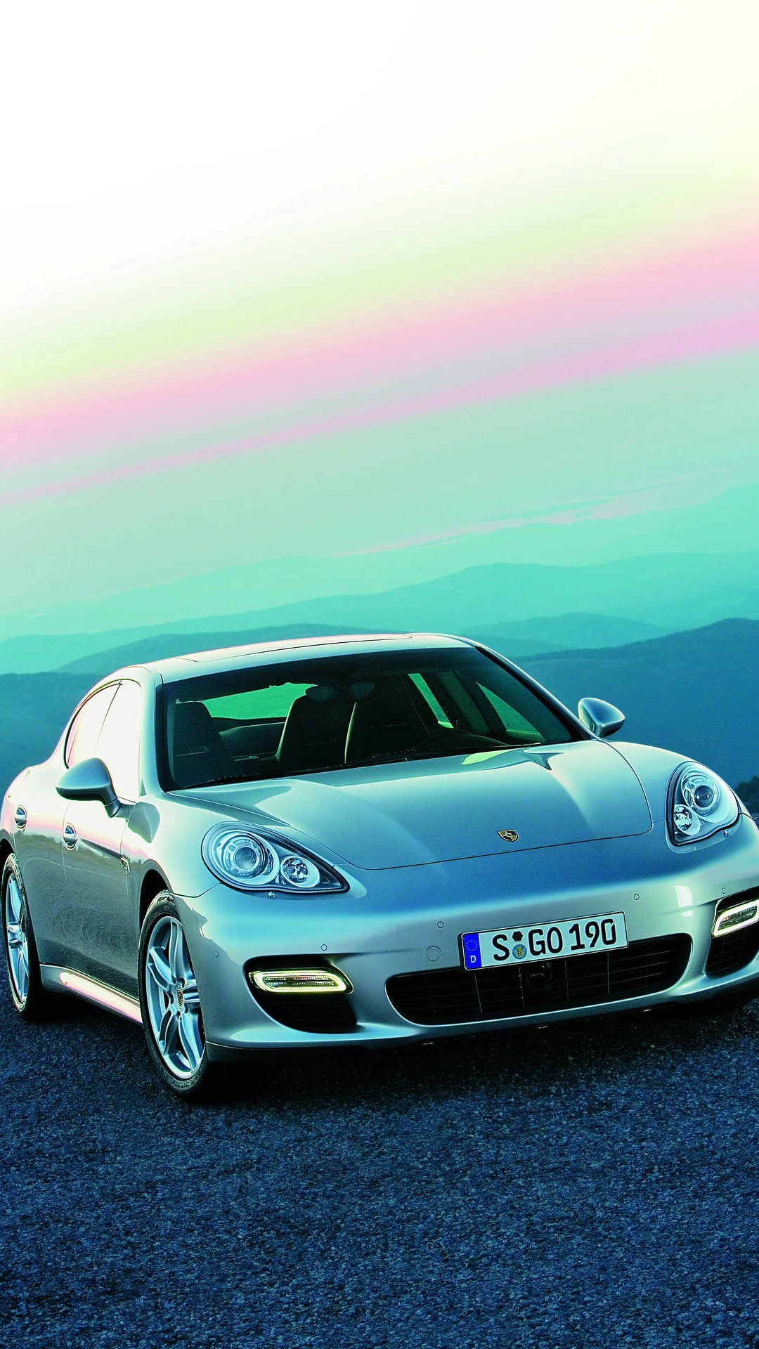 porsche recalls 18k panameras cayennes for bad camshafts adjusters