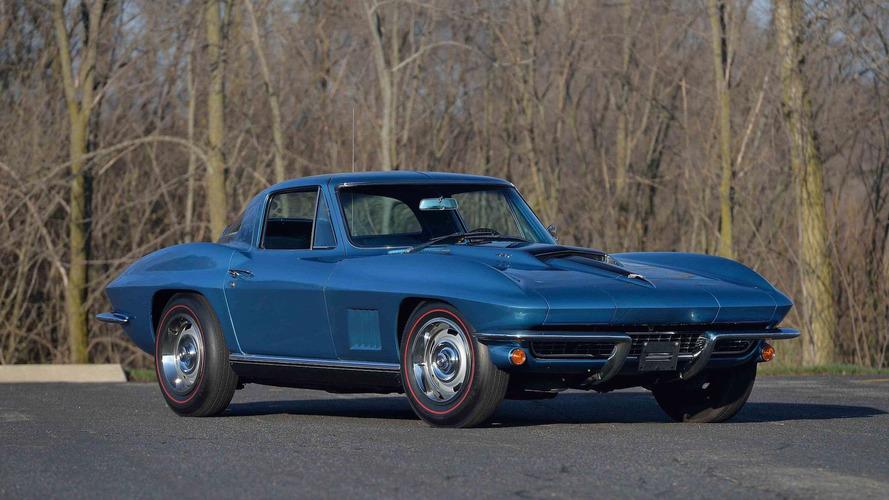 Bir 1976 Corvette 'Vault Find' ilk kez açık arttırmaya çıkıyor