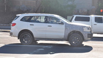 Ford Bronco casus fotolar