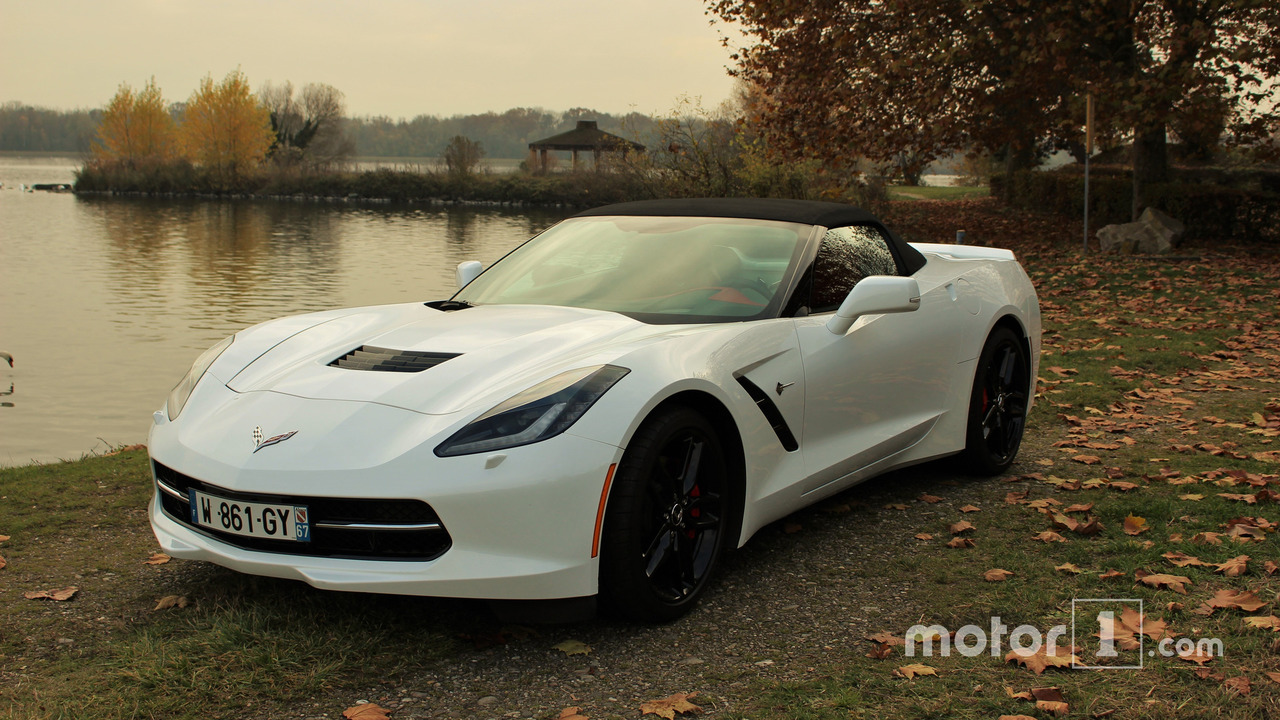 Corvette Stingray avant gauche