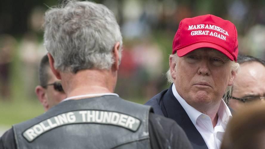 Trump Harley Davidson'u sırtından vurdu