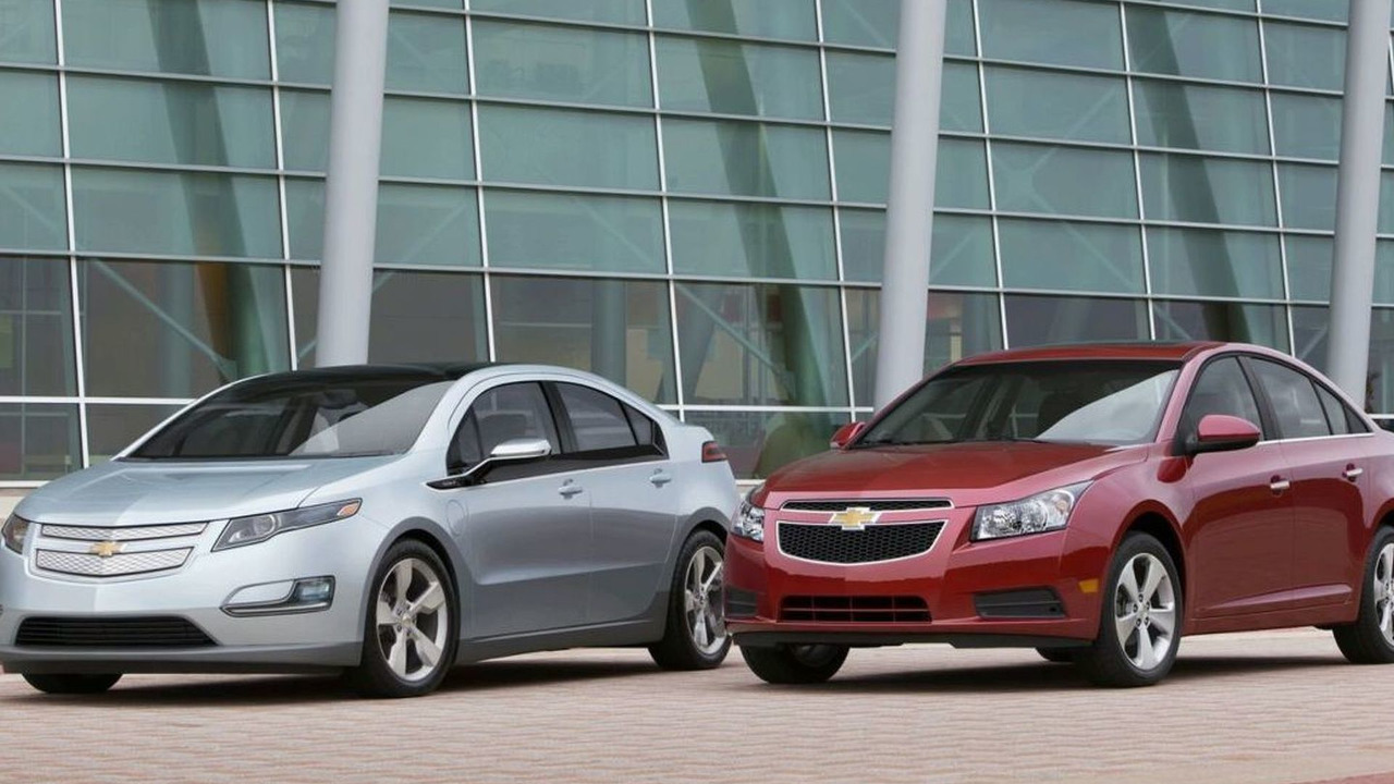 pre production Chevrolet Volt and Chevrolet Cruze