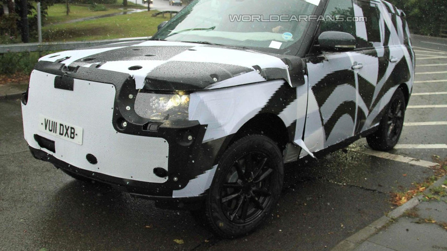 2013 Range Rover spied wearing full production body