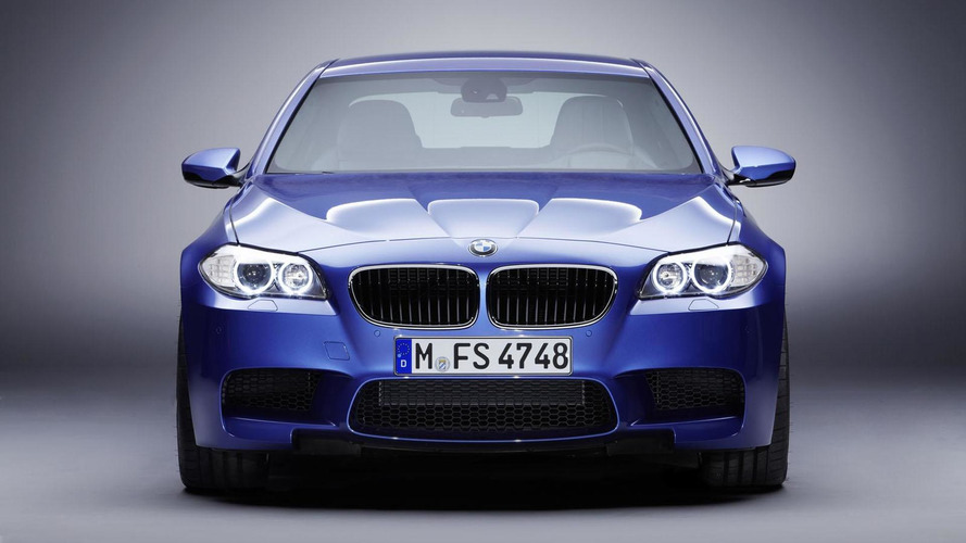 BMW races ahead of Mercedes in U.S. premium sales for July