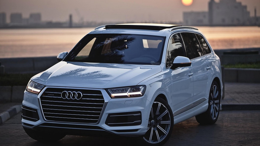 2015 Audi Q7 3.0 TFSI travels to Doha for an excellent photo session