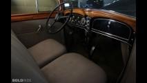 Cadillac 355C Five-Passenger Town Sedan