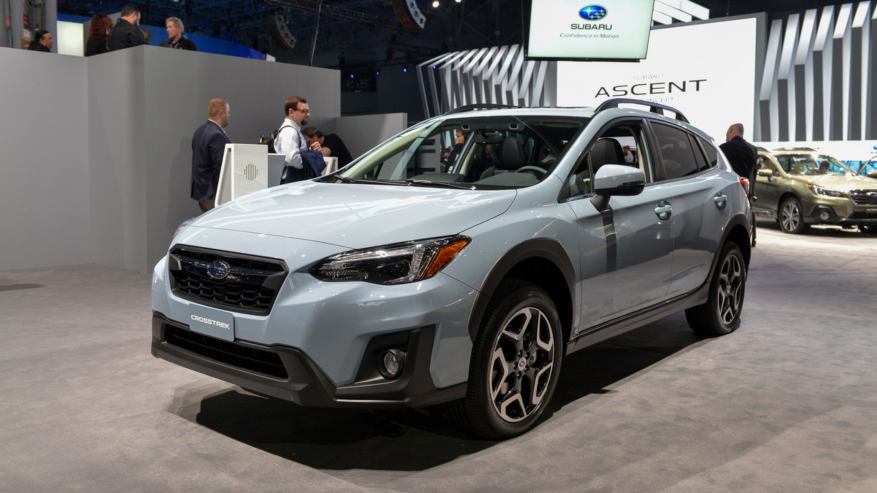 2018 subaru crosstrek gets more power fresh look for new york. Black Bedroom Furniture Sets. Home Design Ideas