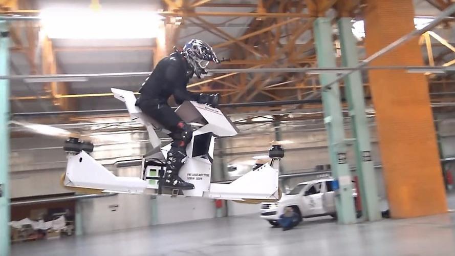 VIDÉO - Voici l'hoverbike, la moto qui vole !