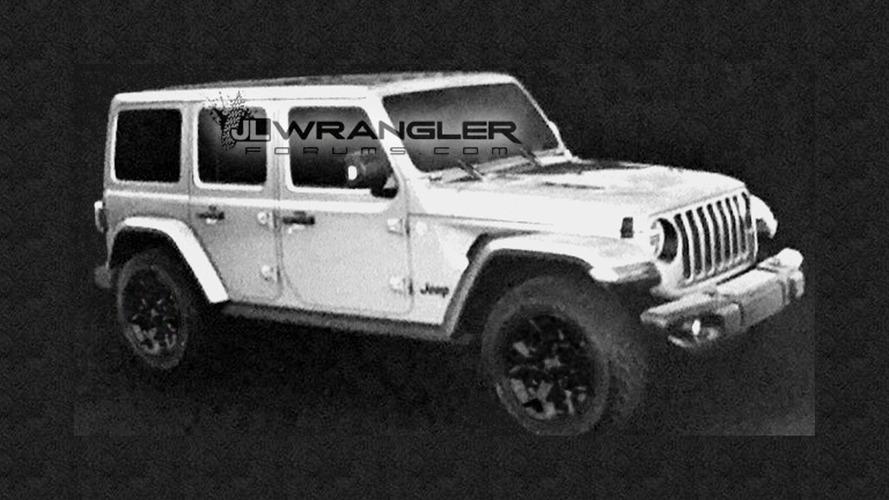 2018 Jeep Wrangler Unlimited'ın fotoğrafları sızdırıldı!