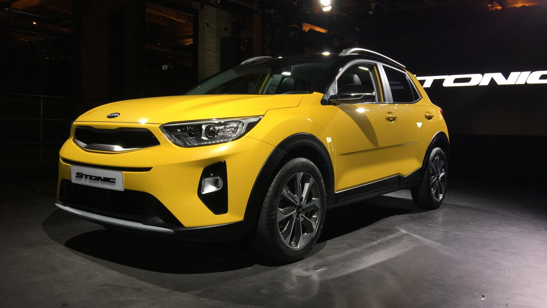 2018 kia stonic subcompact crossover debuts in the metal. Black Bedroom Furniture Sets. Home Design Ideas