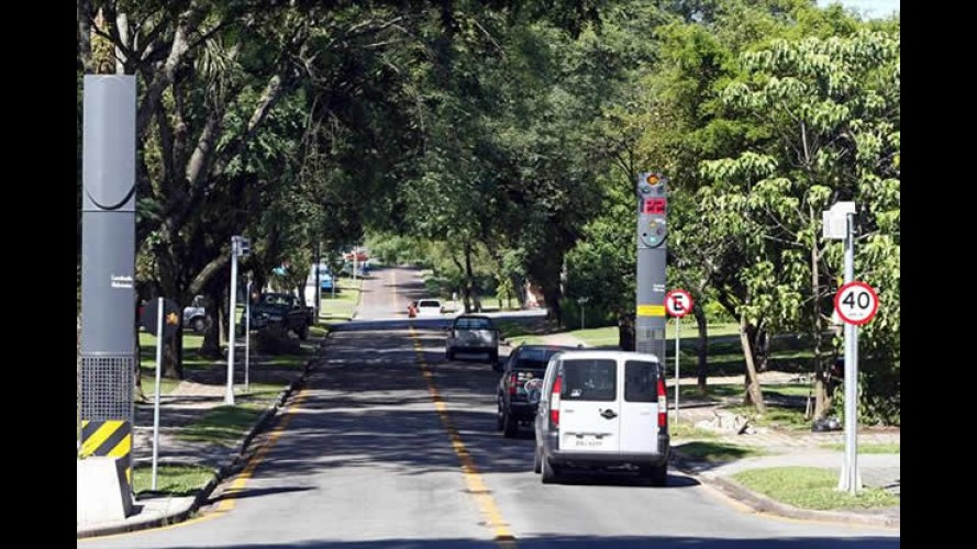 Dupla checagem impede que multa seja aplicada incorretamente no Paraná