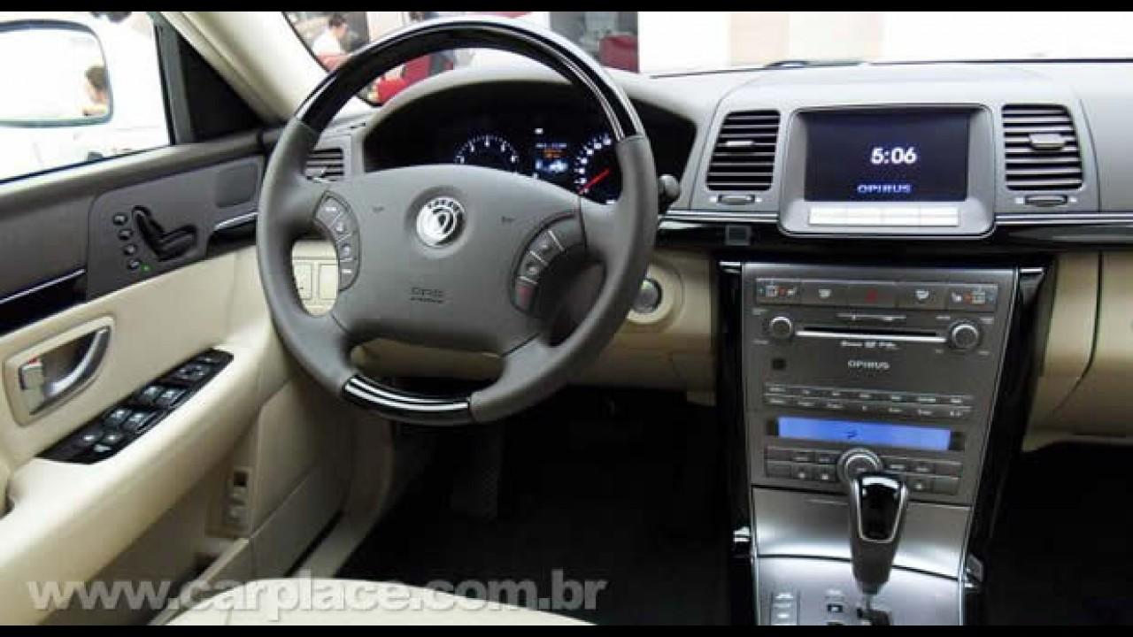 Kia Opirus Premium 2010 - Sedan com visual atualizado é apresentado na Coréia do Sul