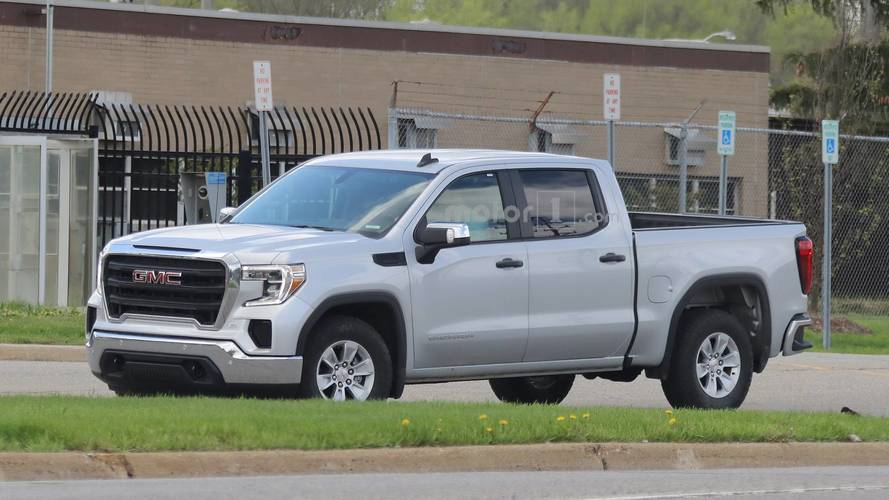 Entry-Level 2019 GMC Sierra 1500 Spied Looking Quite Restrained