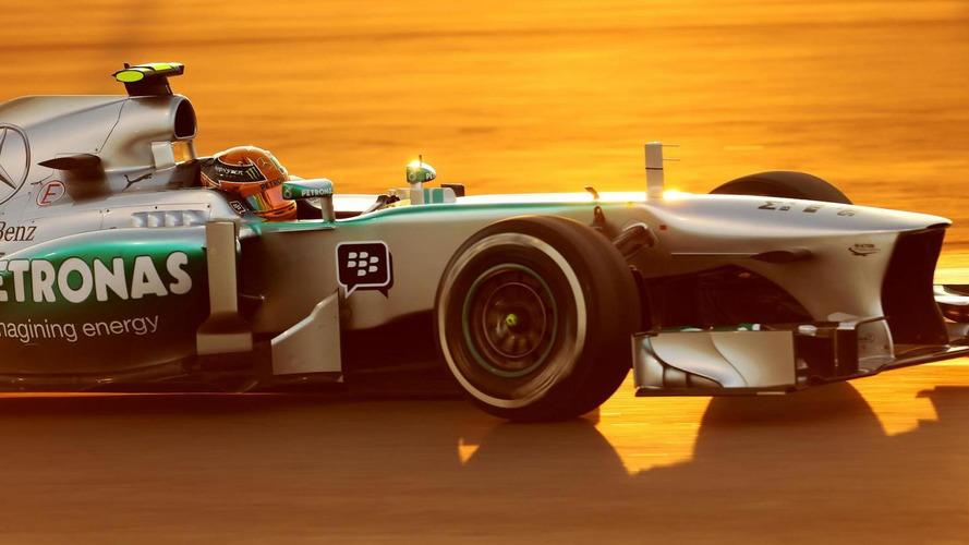 Struggling Hamilton to race new chassis