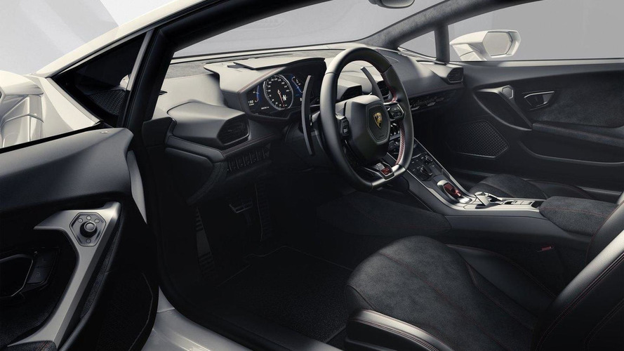 Lamborghini Huracan roars into Geneva with 610 HP  [videos]