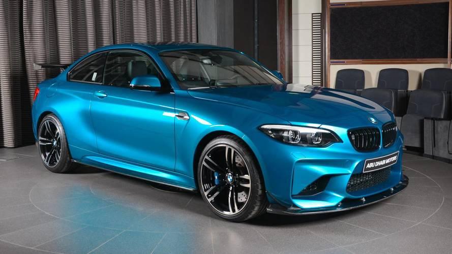 Une BMW M2 dotée de fibre de carbone - Abu Dhabi Motors