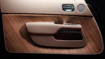 Rolls-Royce Wraith door
