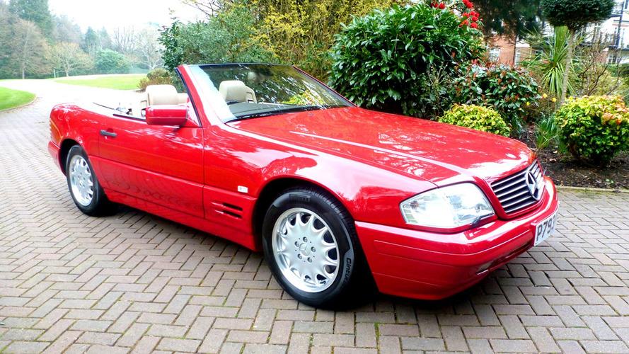 129 km-t ment, most megválnának az 1996-os Mercedes-Benz SL500-tól