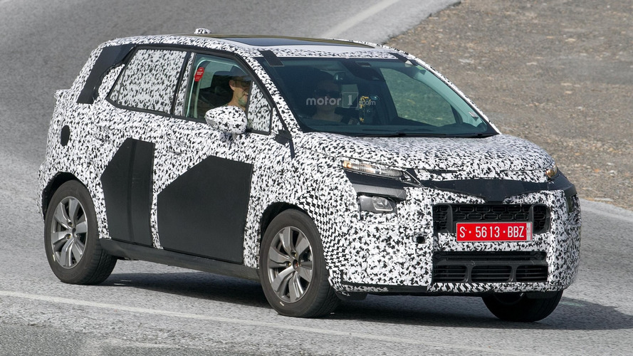 2017 Citroen C3 Picasso hides quirky design