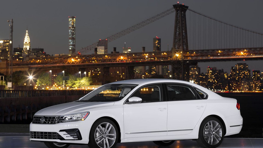 2016 Volkswagen Passat US-spec priced from $22,440; new videos released