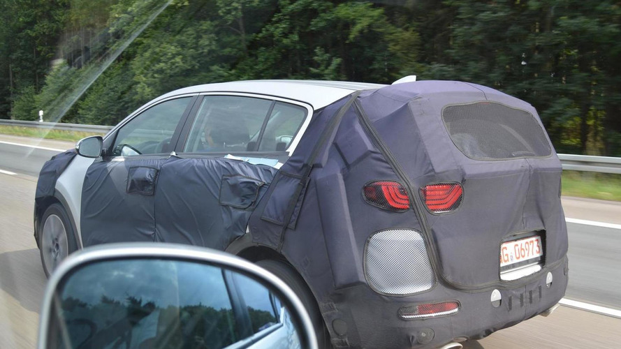 2016 Kia Sportage spied on the German autobahn