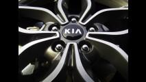 Novo Kia Cerato Koup ousa ainda mais nas linhas
