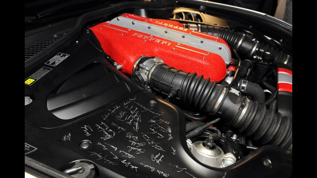 Primeira Ferrari FF personalizada é entregue em Pebble Beach