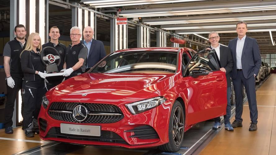 Mercedes lance la production de la nouvelle Classe A à Stuttgart