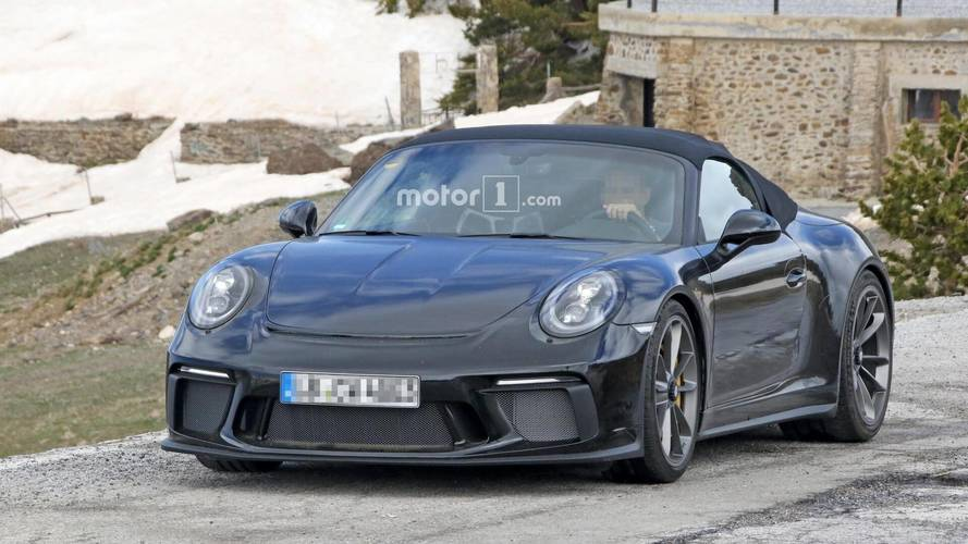 Porsche 911 Speedster new spy photos